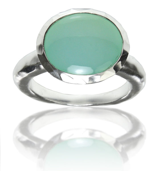 Hammered Gaudi Oval Ring - Aqua Chalcedony