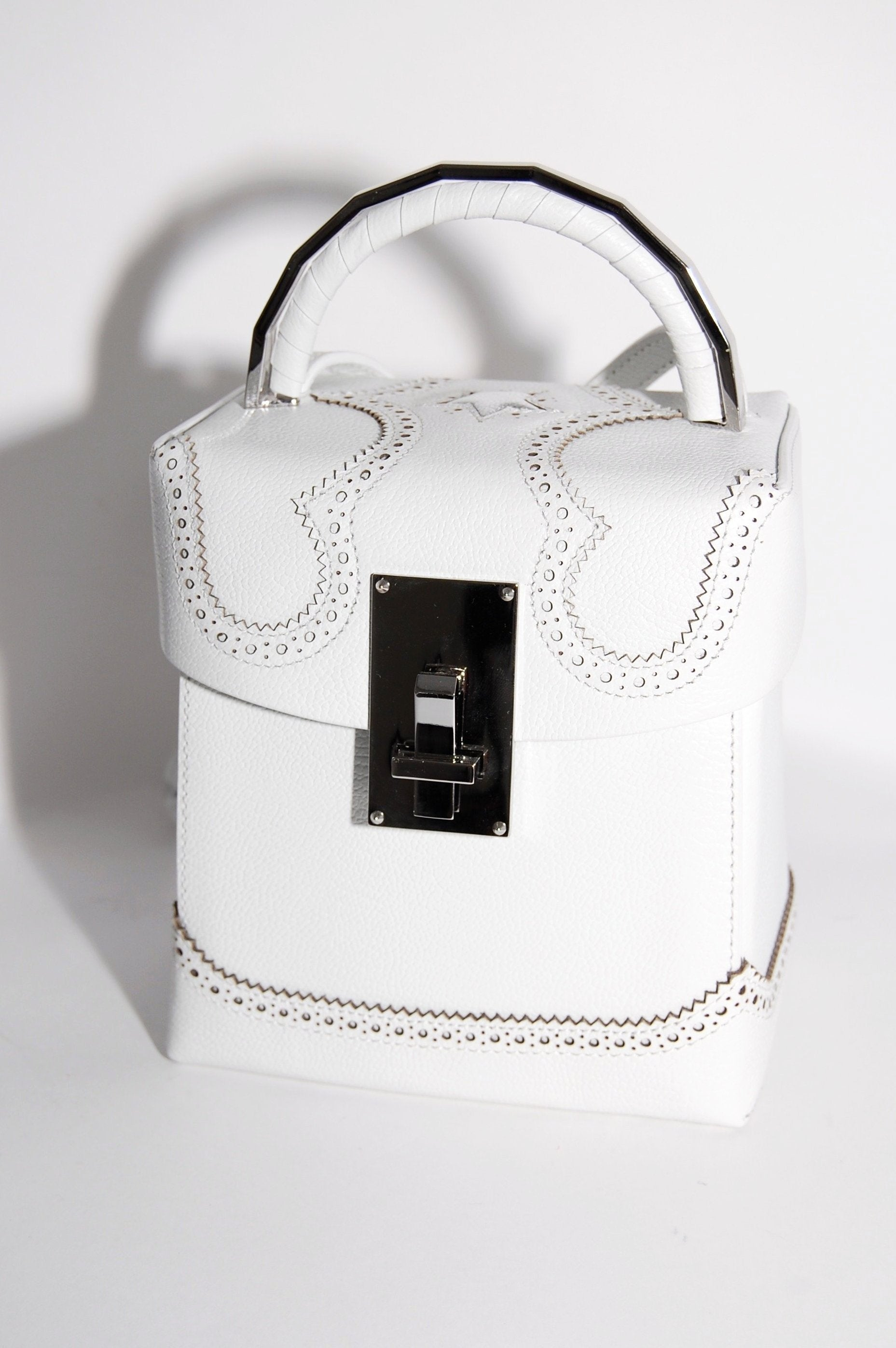 777bcb4bbf9a The Volon Alice Great L. Box Bag in White Leather - Curio Concept Store