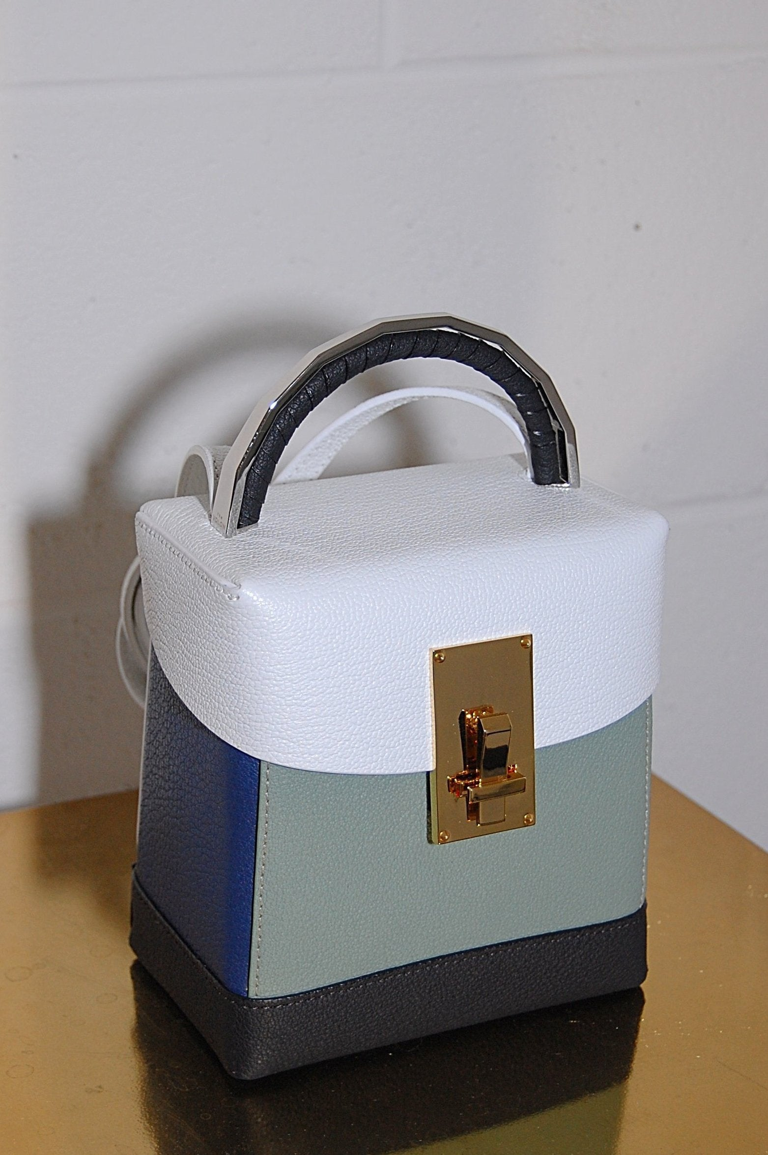2fe1d19e1529 The Volon Basic Box Bag in White and Military Leather - Curio ...