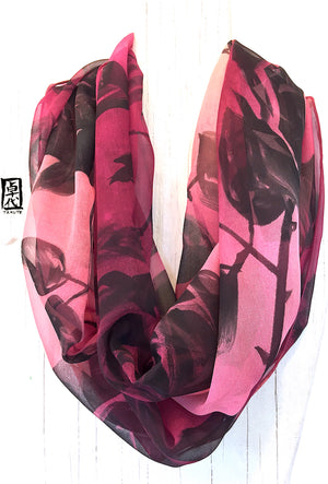Chiffon Loop scarf, Ombre Rose in Plum Red