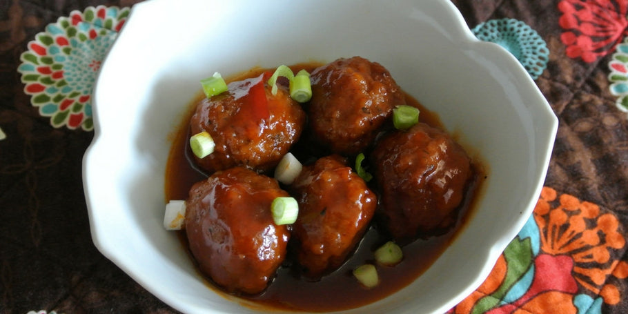 CROCKPOT MEATBALLS WITH PEPPER JELLY SAUCE