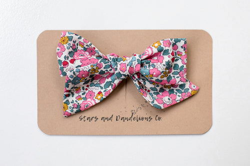 Stars and Dandelions Nora Medium Bow, Pink Floral