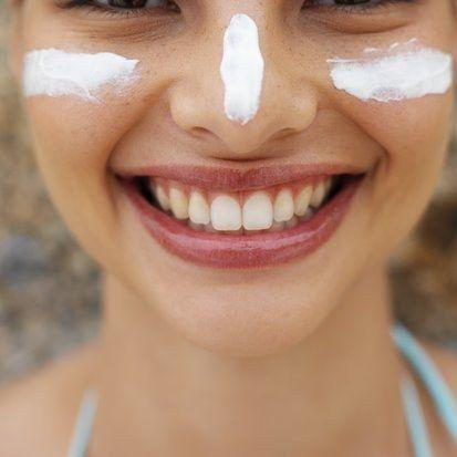 5 Powerful Ways to Reduce Signs of Sun Damage