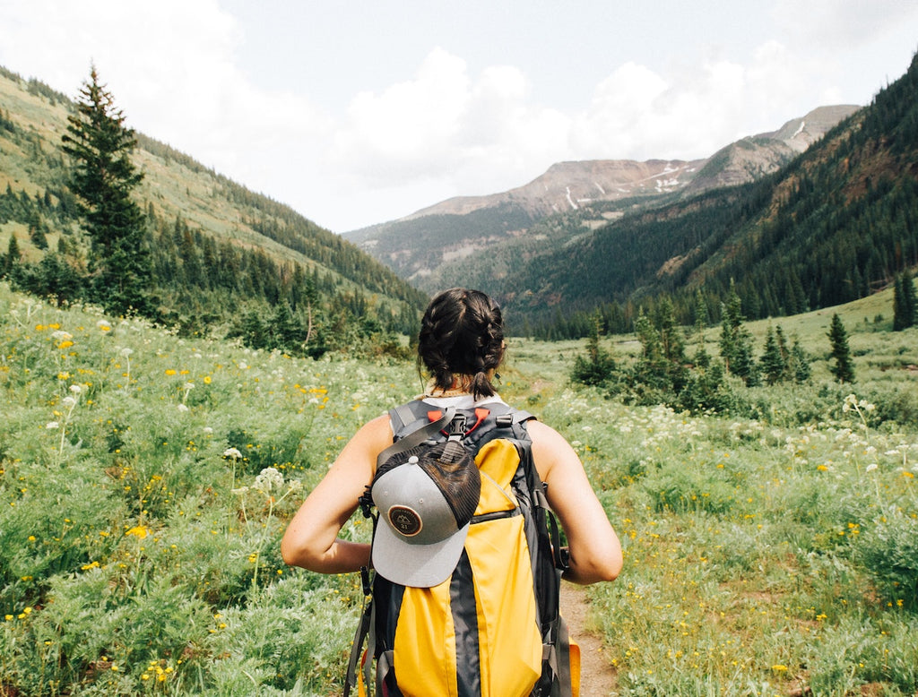 The Incredible Benefits of Hiking (and Hiking Tips!)