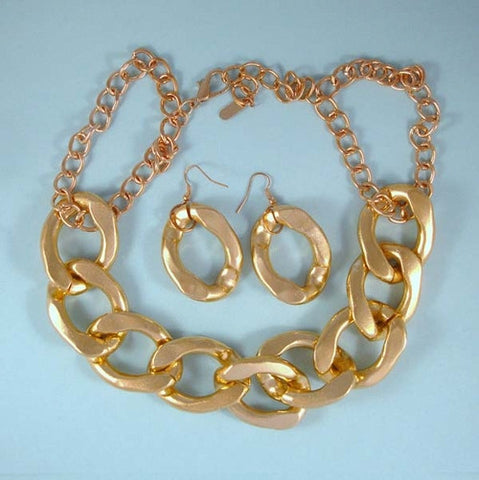 Large Chunky Gold Links Statement Necklace Set.