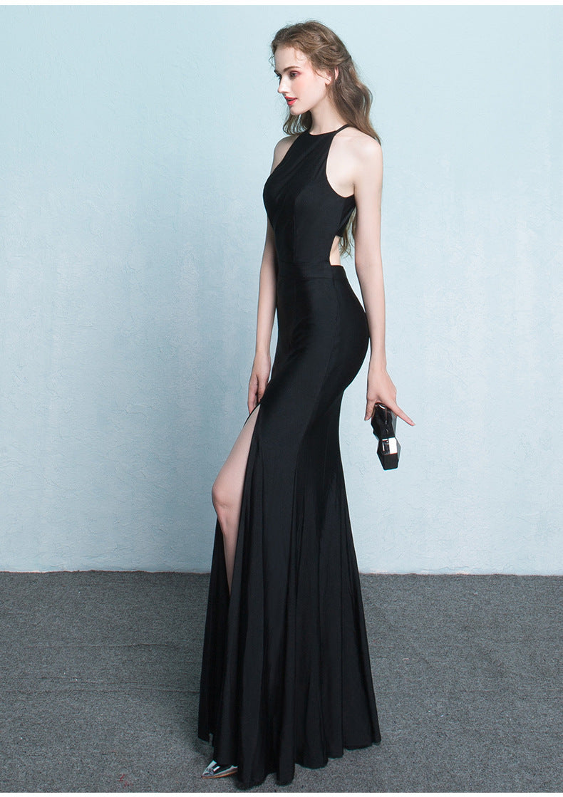 Elegant Trumpet Party Gown w/ a \