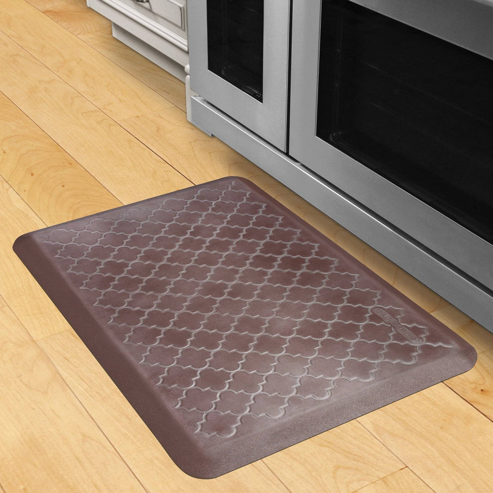 Wellnessmats Trellis Estates Shades of Silver ET32WMRBNBUR,Garnet
