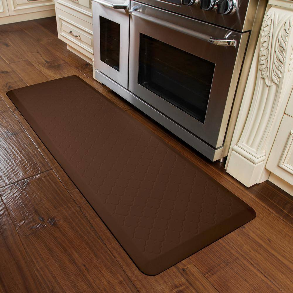 WellnessMats Trellis Motif 6' X 2' MT62WMRBRN, Brown