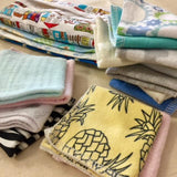 5 Multi Purpose Reusable Wipes and Easy Access Carry Pouch
