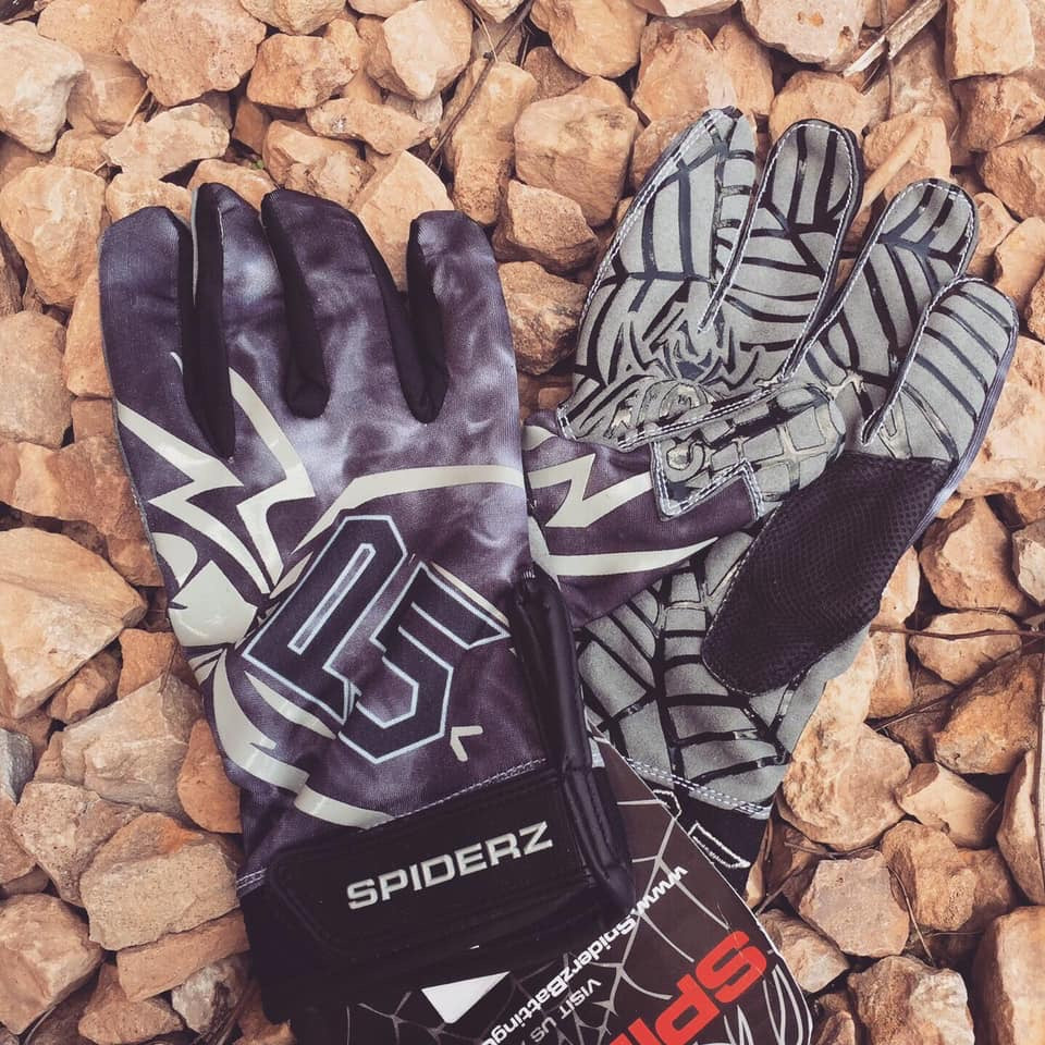 Spiderz P5 Black batting gloves