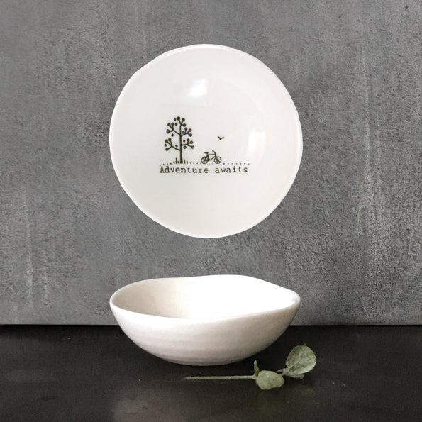 Small 'Adventure Awaits' Bowl