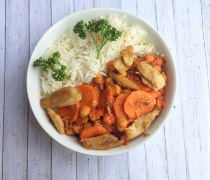 (EN) Vegan Chicken & Chickpea Masala Recipe ¦ KINDBOX