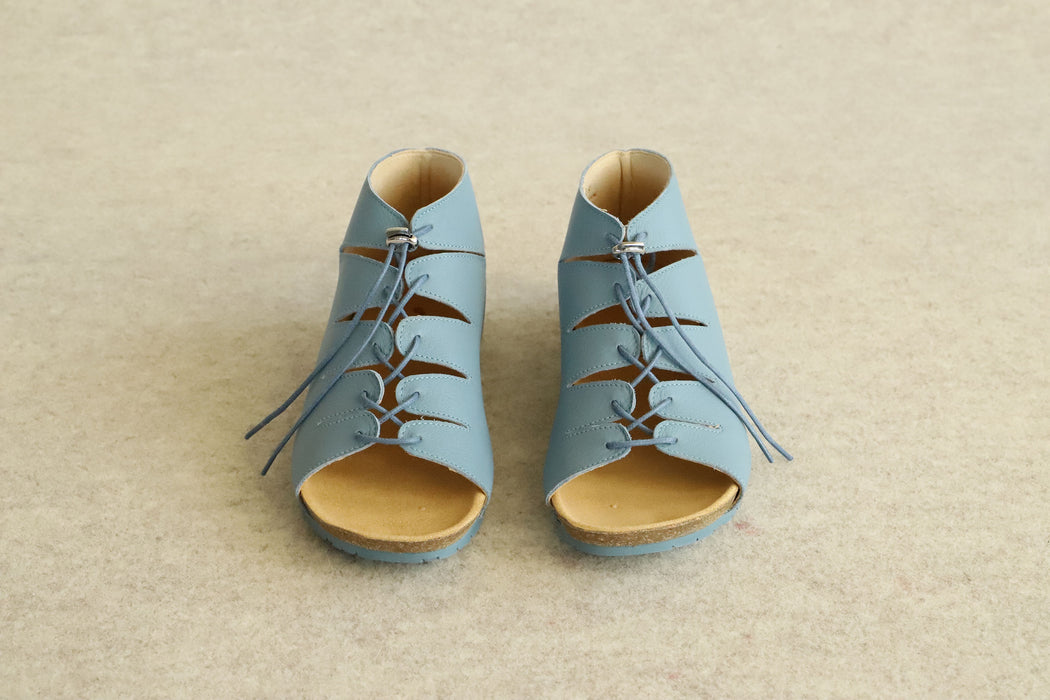FLOW lace-up sandals