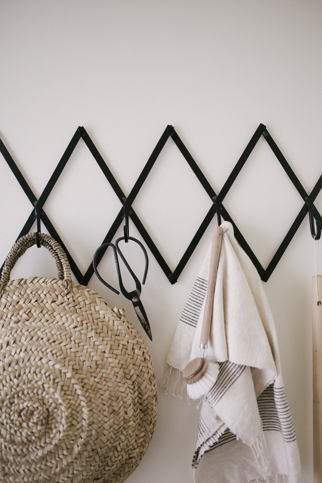 Diamond Wall Organizer