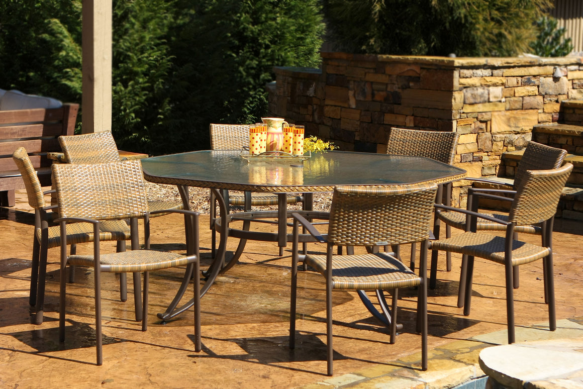 Maracay 9-Piece Dining Set (extra large octagonal dining table, 8 chairs)