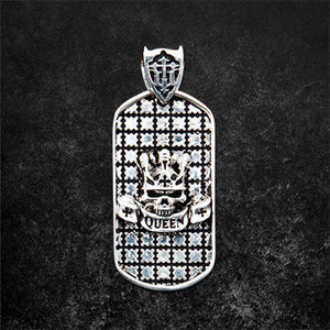 Queen Dog Tag Pendnat