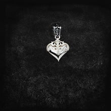 Load image into Gallery viewer, True Heart Pendant