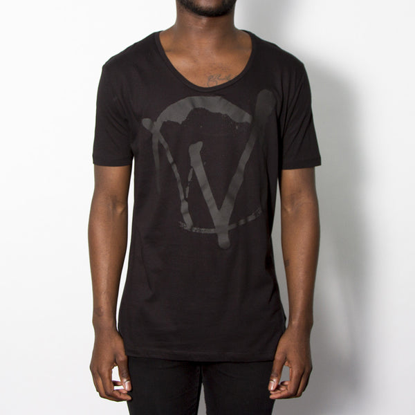 Warriors Black On Black Scoop Neck T-shirt