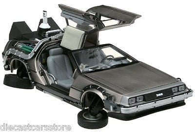 Back To The Future 2 De Lorean 1:18 Diecast Model Car By Sunstar 2710