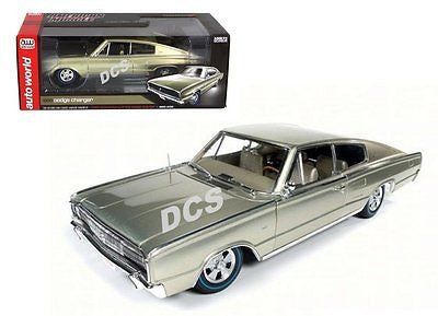 Autoworld 50th Anniversary 1966 Dodge Charger 426 Hemi 1/18 Gold Amm1067
