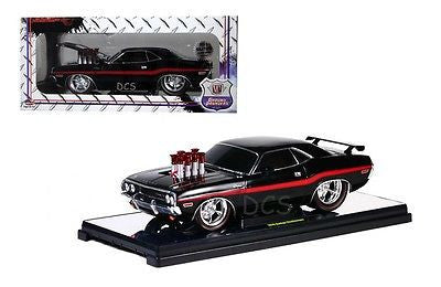 M2 Ground Pounders 1970 Dodge Challenger Black Limited Edition 300pcs 1/18
