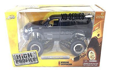 Jada 2003 Ford Expedition High Profile Black 1/24 Discontinued Diecast Car