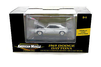 Ertl American Muscle 1969 Dodge Daytona Limited Edition 1/64 Diecast Car