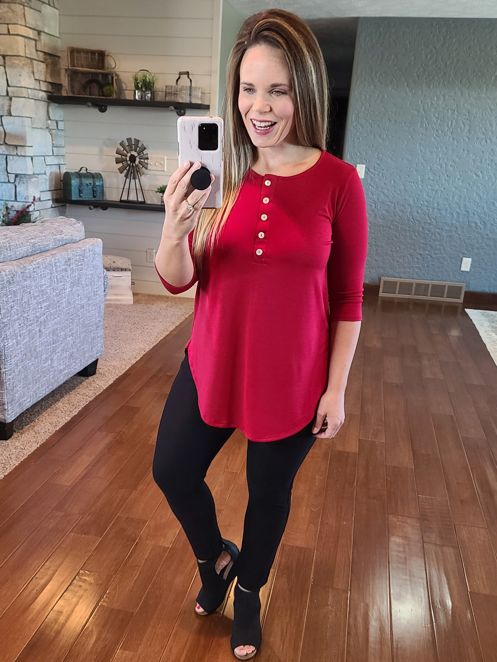 Simply Buttoned 3/4 Sleeve Top - Red