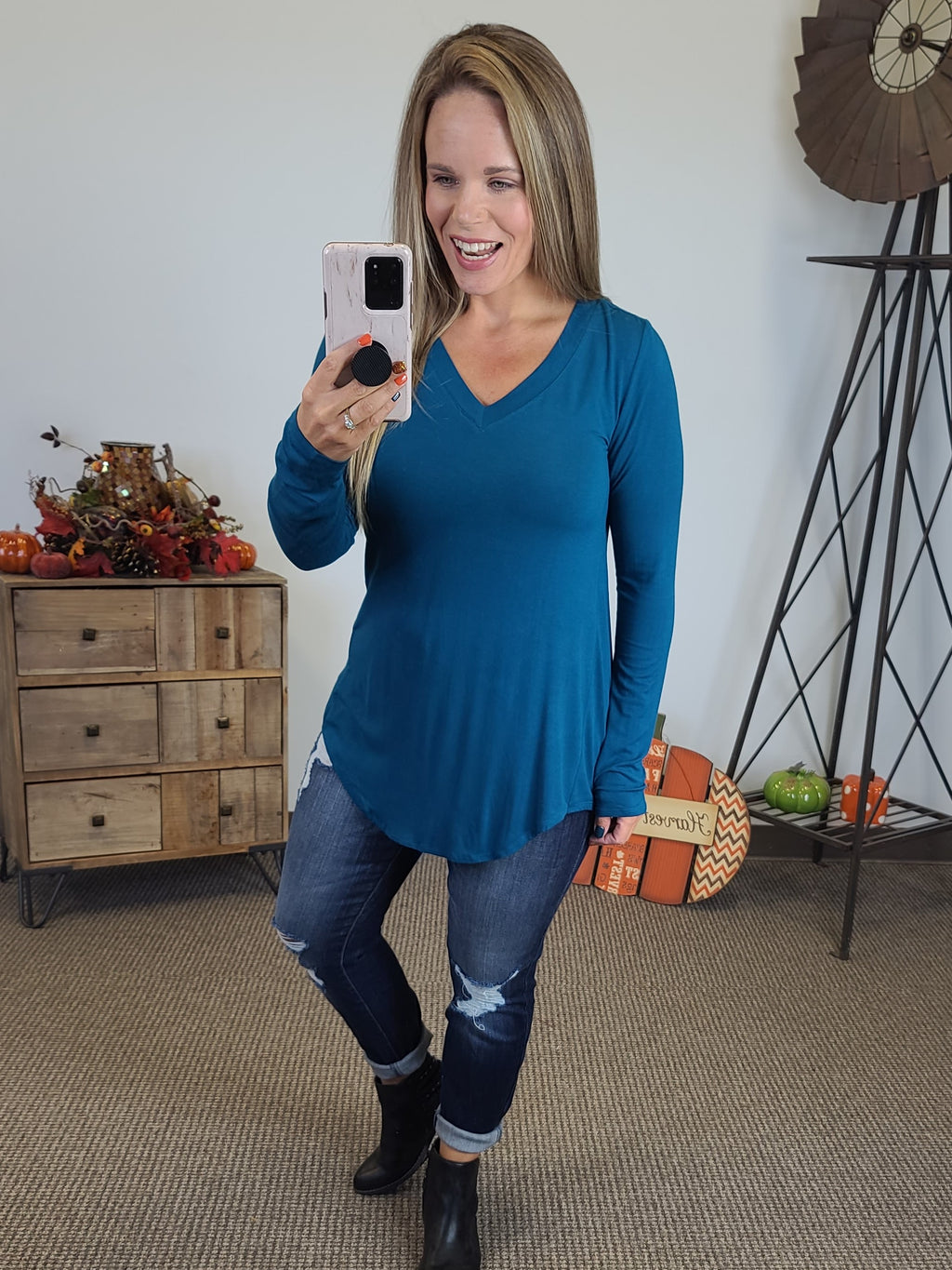 Amelia Long Sleeve V-Neck - Teal