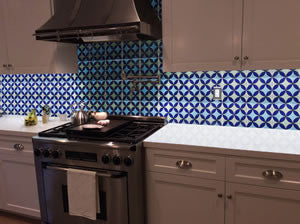 Geometrical Circle Tile Adds Modern Twist to Kitchen Backsplash