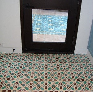Cement Tile with a Moroccan Pattern is Perfect for Pool Bath