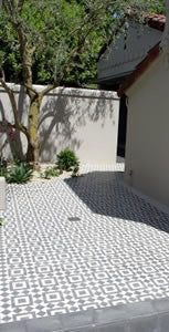 Fez Inspires a Moroccan-Themed Cement Tile Patio