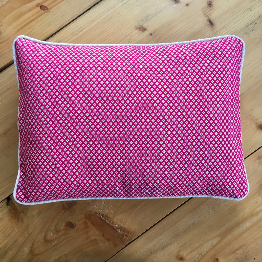 Margarita Cushion - Fuchsia