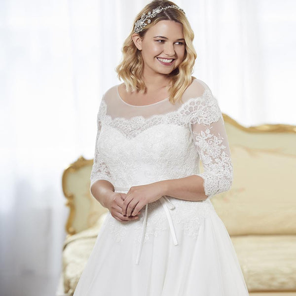 Elegant Three Quarter Sleeves Lace Wedding Dress wedding dress