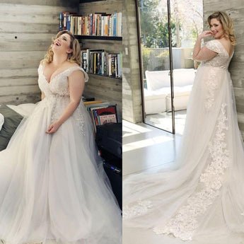 Floral Print V-neck Wedding Dress Tulle Lace Train Bridal Dress wedding dress