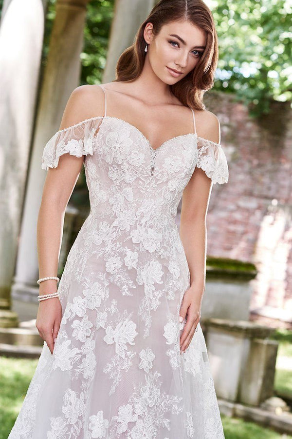 Plus Size Appliques Wedding dress