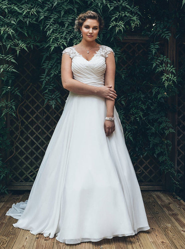 Sexy Elegant V-Neck Chiffon Wedding Dress wedding