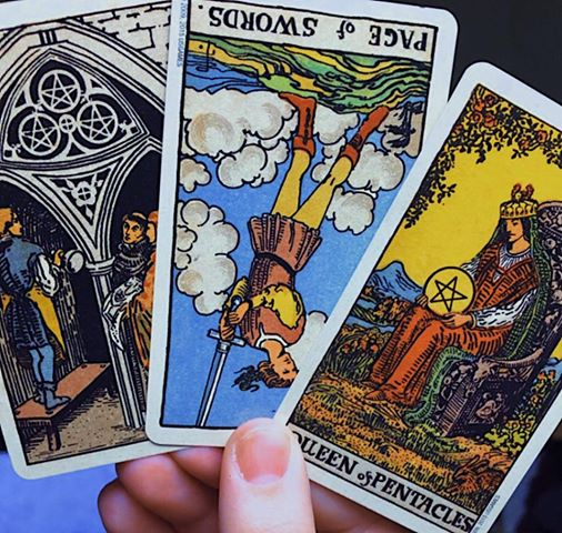 Tarot & Oracle Readings