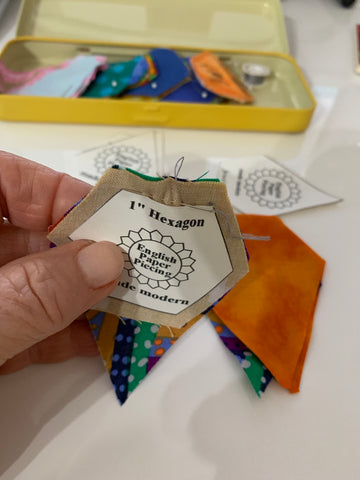 Stitching Jewels to Hexagon for the Dasiy Chain Quilt