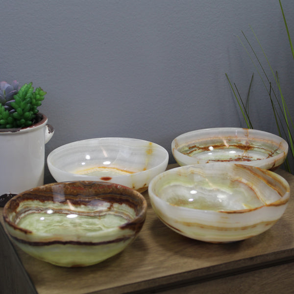 "Natural Geo Multicolored Decorative Handcrafted 6"" Onyx Bowl (Set of 4)"