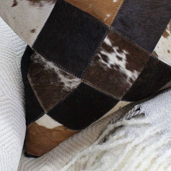 Natural Geo Black/Brown/White Geometric Diamond Throw Pillow