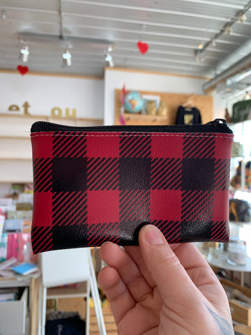 Change purse, plaid!