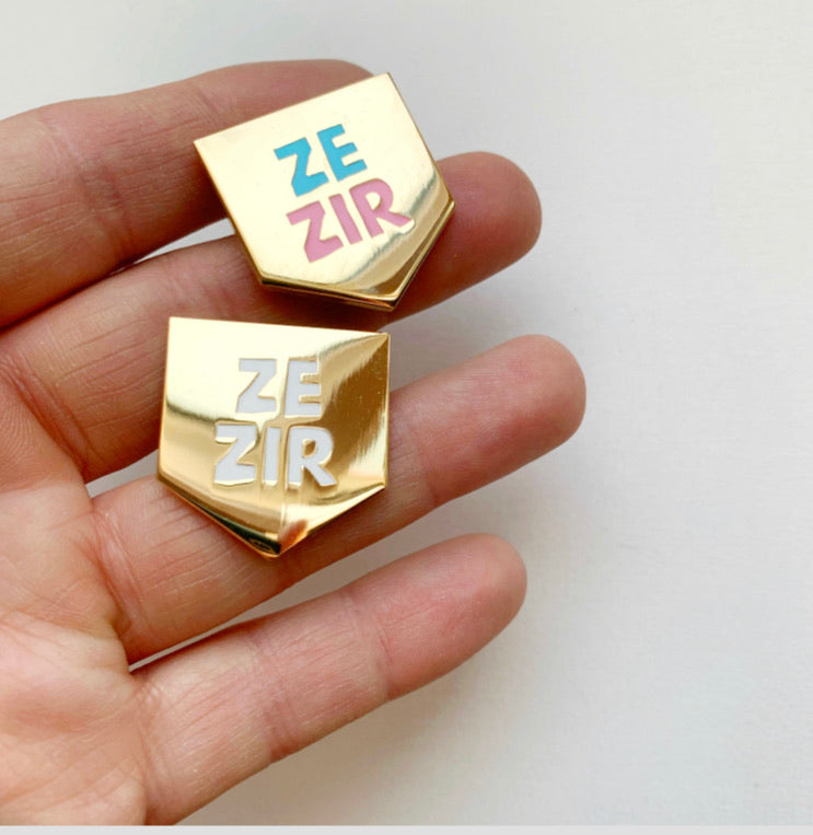 Pronoun Pin! Ze/Zir