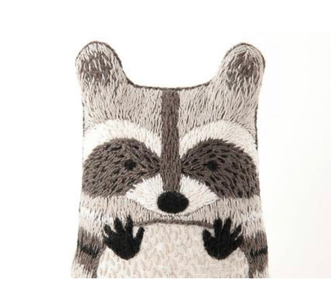 Embroider a Raccoon aka... trash panda!