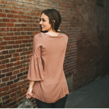 Mauve Bell Sleeved Detailed Top