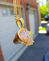 18K Gold Lean Pendant