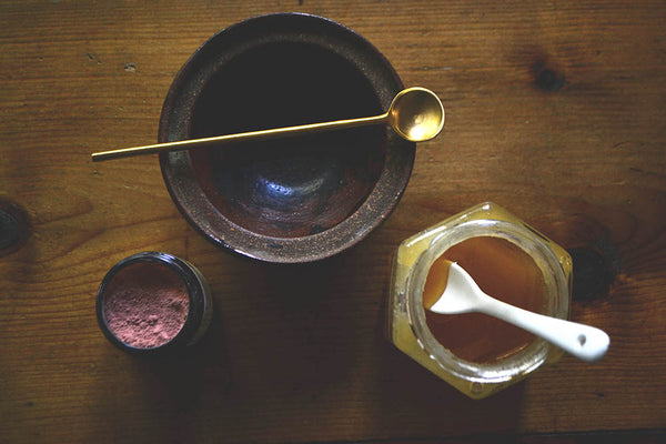 Mixing herbal face masks