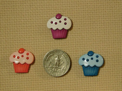 More Cupcake needle minders