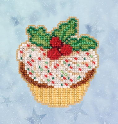 Mill Hill Holly Cupcake 18-2033 christmas beaded cross stitch kit