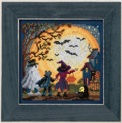 Mill Hill Moonlit Treaters beaded cross stitch kit MH14-1724